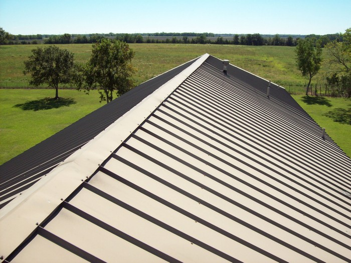 Metal-Roofing-Des-Moines-WA