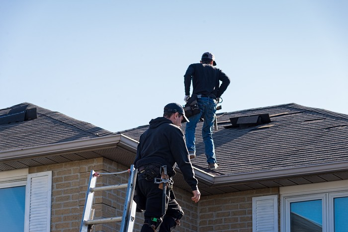 Roof-Contractor-Des-Moines-WA