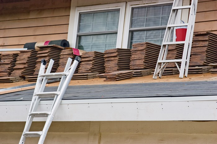 Roofing-Replacement-Des-Moines-WA